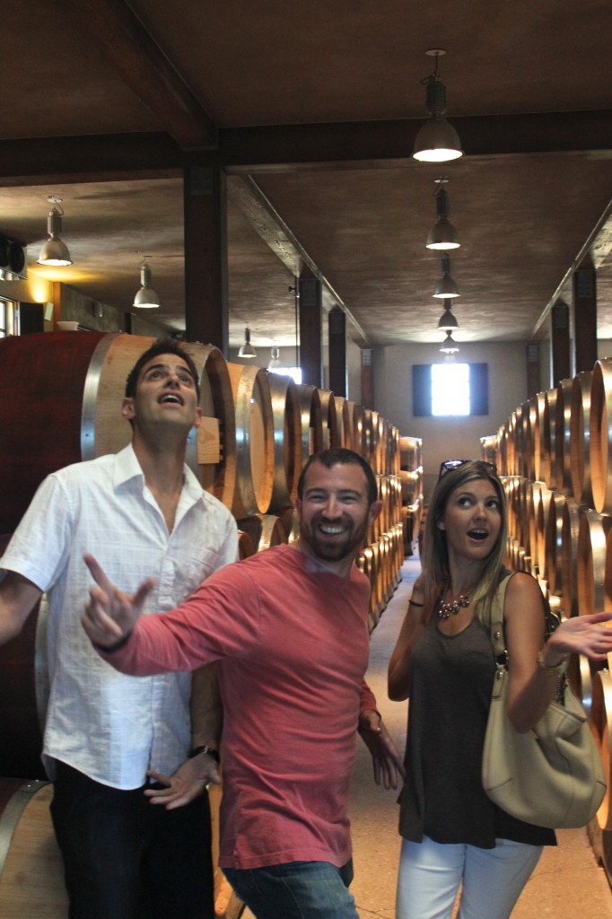 Fun at Round Pond Winery | Wander & Wine