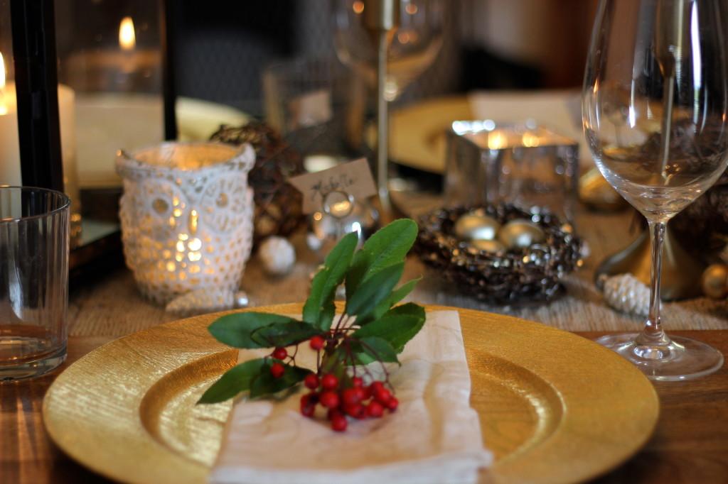 Christmas table   Wander & Wine