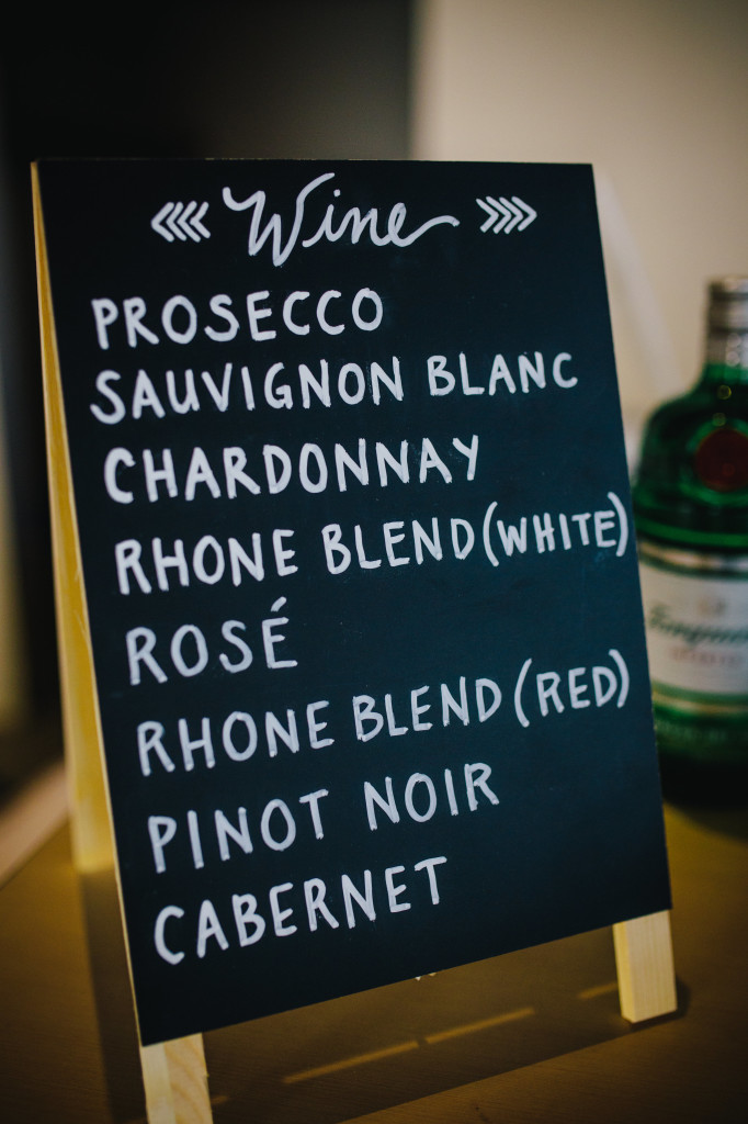 Wedding day wine | Wander & Wine - photos by Lisa Mallory Photo #wedding #lakeside #diy