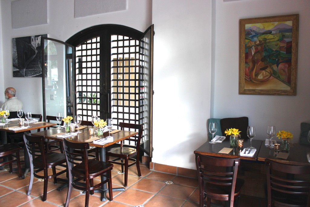 Guide to Santa Barbara Wine Bars: Villa Wine Bar | Wander & Wine