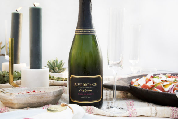 7 Tips for Effortless Summer Entertaining - Photo by Meadow Rose | Wander & Wine